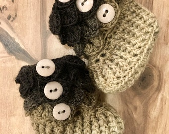 READY TO SHIP - Crocodile Stitch Booties - Baby Booties