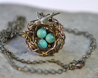 Mother Personalized 1 to 7 eggs. Custom NECKLACE Birds Nest Gemstone beads. Bridesmaids gifts. Grandmother daughter bird's nest birdnest
