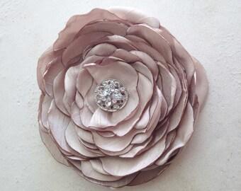 Champagne Flower Hair Piece.Champagne Brooch.Pin.Champagne Flower Hair Clip.Champagne Bridal Headpiece.Faux Silk.nude..wedding.bridesmaid.