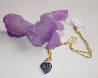 sodalite leaf pendant on gold chain