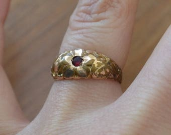 Lovely early antique gold filled red ruby paste edwardian or victorian floral filigree ring / MWJNQQ