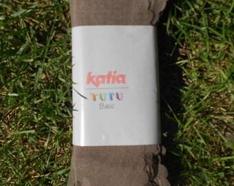 """Tutu Basic"" Brown skein Katia model"