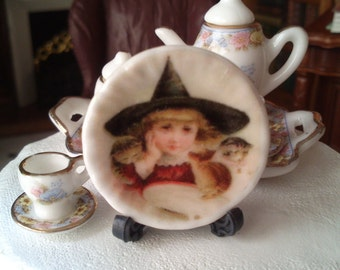 Dolls House miniature Victorian Halloween Ceramic Plate