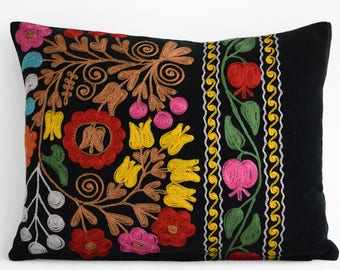 Vintage 12x16 Black Velvet suzani pillow cover, Suzani pillow cover,Uzbek suzani pillows,Suzani Cushion Covers, Embroidered Pillows