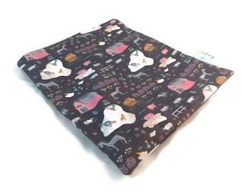 Farm Life Snack Bag || Reusable Sandwich Bag || Reusable Snack bag || Eco Friendly Gift || Zippered Pouch || Food Safe Bag