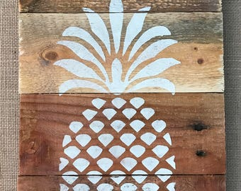 Rustic Reclaimed Wood Welcome Sign w/ Pineapple  9x14