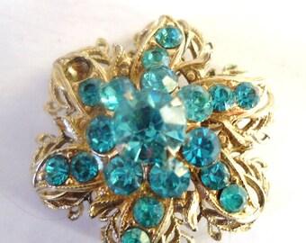Vintage Ice Blue Flowerd Rhinestone and Brooch