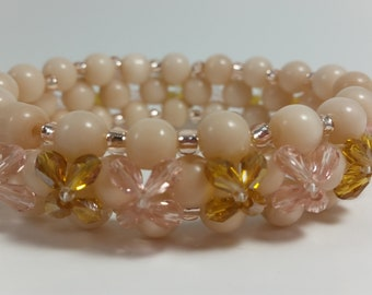 Bracelet, Light peach, bangle