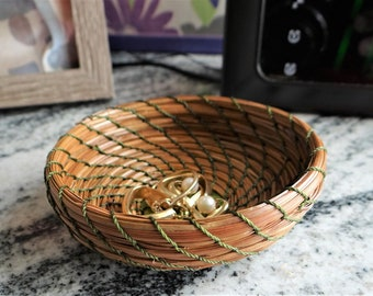 Green Basket Green Pine Needle Coiled Basket Green Pine Needle Coiled Trinket Basket Green Trinket Basket For Him Green Basket For Her