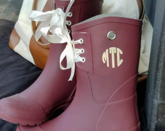 Monogrammed Rain Boots, Womens Rain Boots, Christmas Gift for Her, Girlfriend Christmas Gift, Wife Christmas Gift