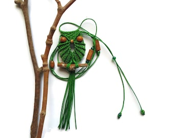 Green Macrame Owl Necklace