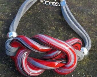 "Red ""Maraval"" knot bracelet"