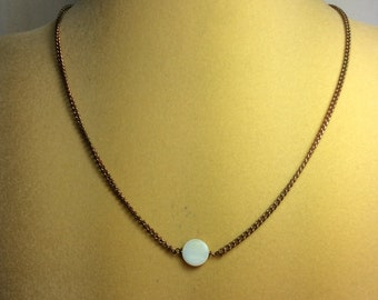 Simple White Mother Of Pearl Necklace.Small Necklace. Vintage Necklace