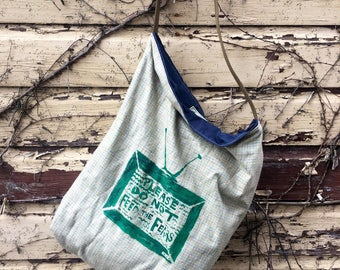 Please dont feed the fears tote