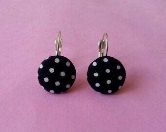 Round fabric earrings ♥ ♥ black polka dots ♥ ♥