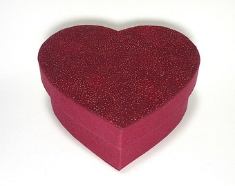 Small Heart Shaped Box,Cartonnage, Gift Box, Keepsake Box, Iitem Storage, Wedding Box, Cloth Wrapped Box