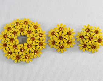 Vintage Yellow Enamel Flower Cluster Brooch and Earrings Set, Daisies with Amber Rhinestone Centers, Clip On, Unsigned Vintage Jewelry