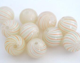 10 schöne Creme grün und orange mundgeblasenem Glas Perlen