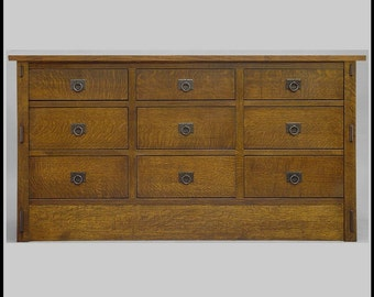 Arts and Crafts, Mission Bureau, Dresser, Quartersawn Oak