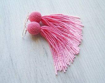 Ombre pink tassel earrings - Luxury fringe earrings - long tassle earrings - statement earrings - bridesmaid gift - modern fringe tassels