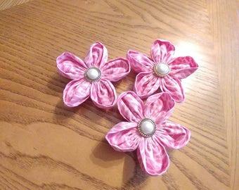 Collar flower