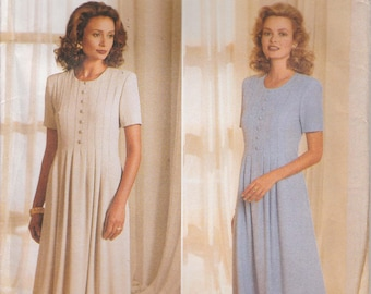 Pleated Dress Pattern Flared Semi-Fitted Back Zipper Misses Size 6 - 8 - 10 Uncut Butterick 4367