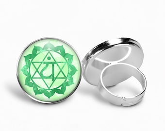 Heart Chakra Ring | Boho Ring Chakra Jewelry Chakra Ring Yoga Ring Green Chakra Meditation Jewelry Anahata Chakra Adjustable Ring Green Ring