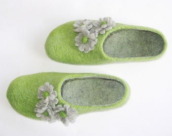 Green Flower Slippers - Felted Slippers - Wool Shoes - House Shoes - Christmas in July - Rubber Soles - Handmade Slippers - Womens Shoes