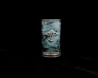 Stoneware  Fleur de Lis Cup