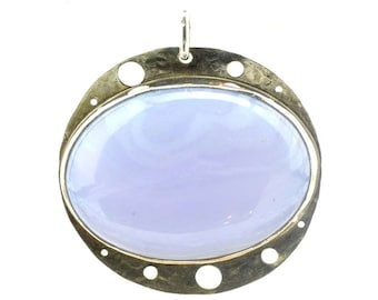 Sterling silver pendant with blue lace agate.