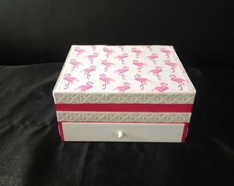 Flamingos... great with drawer and mirror jewelry box, jewelry box has