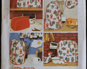 Vintage Sewing Pattern Kitchen Appliance Covers and Potholders Pattern Simplicity 5495
