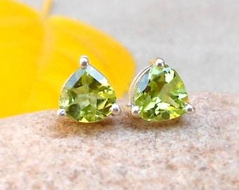 Trillion Peridot Stud Earrings Peridot Jewelry 925 Sterling Silver Peridot Post Stud Natural Peridot August Birthstone Mother's Day Gift