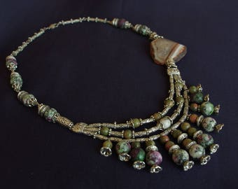 "Necklace with agate, MOSS agate, Jasper, and zoisite ""JoyaDreams"""