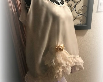 Unique Art To Wear Tunic Boho Gypsy French Country Vintage Linen & Lace Tattered Magnolia sz L