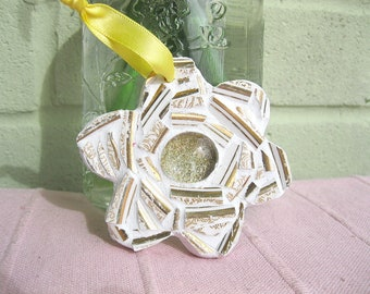 Shabby chic wee flower mosaic plaque