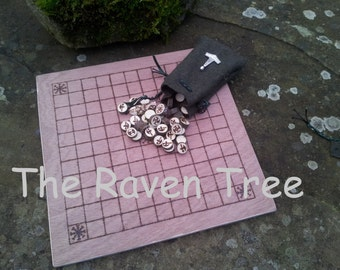 Hnefatafl - Handmade Viking Gameboard and pieces