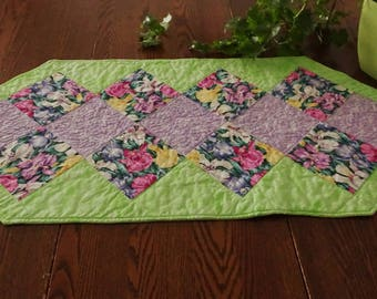 Table Runner Handmade - Table Runner Quilted – Table Runner Placemat  - Textile Art -47x16in - 119x41cm - TA01