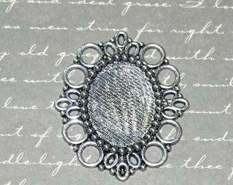 Medium Silver Oval cabochon