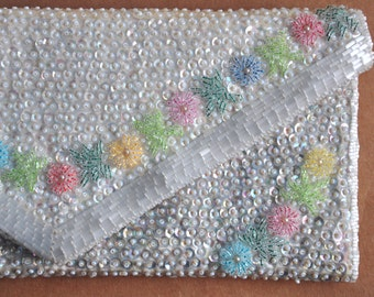 Vintage white beaded sequin clutch,  beaded handbag, flower sequin clutch, evening clutch, bridal clutch