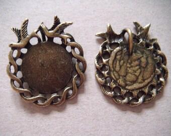 x 2 charm pendants round bird bronze 2.7 x 3 cm