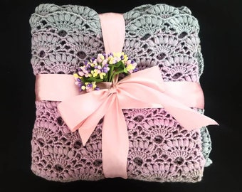 Sweet  handmade crochet baby girl set. Blanket and hat. Blanket size 110 cm. Hat 3-6 months.