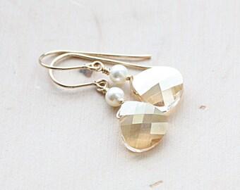 Dainty Gold Crystal Earrings, Bridesmaid Earrings, Crystal and Pearl Earrings, Bridal Jewelry, Everyday Earrings, Dainty Earrings