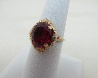 1940s-50s 10K Yellow Gold & Synthetic Red Stone Ring Item W-#351