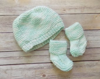 Baby Hat and Booties Set, Mint Green Knit Beanie, Knit Baby Crib Shoes