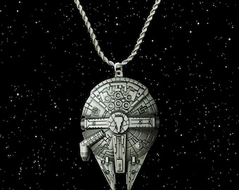 Star Wars The Force Awakens silver / faux leather necklace with the Millennium Falcon charm