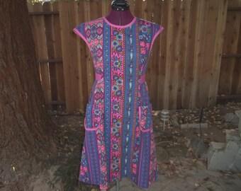 Apron Dress House Dress Pinafore Mod House Dress Design House Apron Dress Atomic Dress 1960s Apron Dress Smock Dress