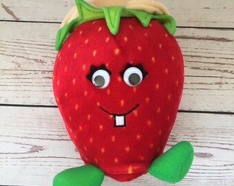 Del Monte Country Strawberry Plush, 1988, Stuffed Animal, Red, Vintage Children's Toy, Fruit Plushie