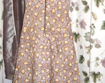 Sleeveless Summer Day Dress - Cotton with Clover Leaf Print 60s Vintage