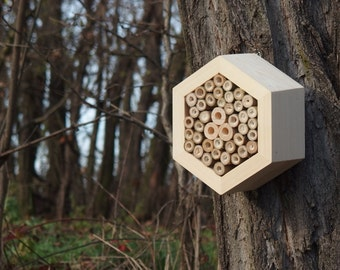 BEE HOTEL, Insect house, Mason bee home - Hotel Woody